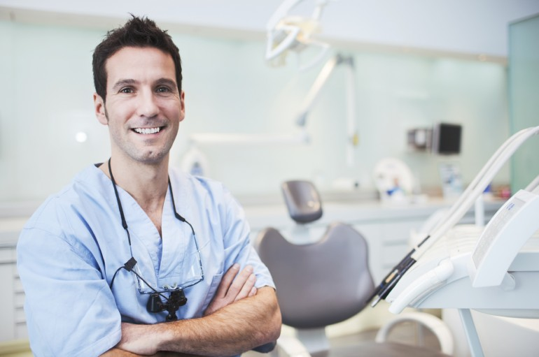 What Is The Reason For Visiting The Dentist For Dental Implants?