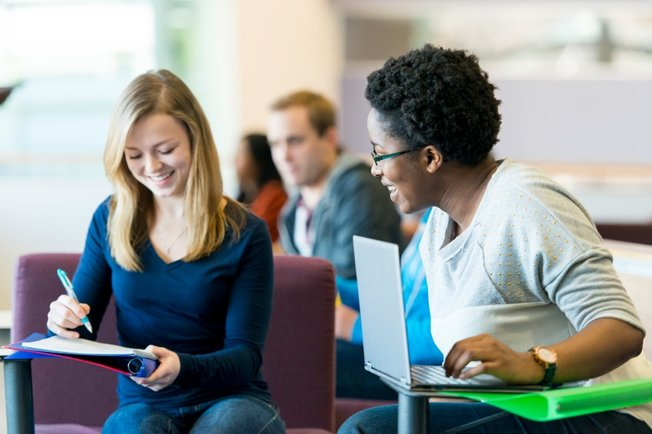 How To Build A Professional Network In College