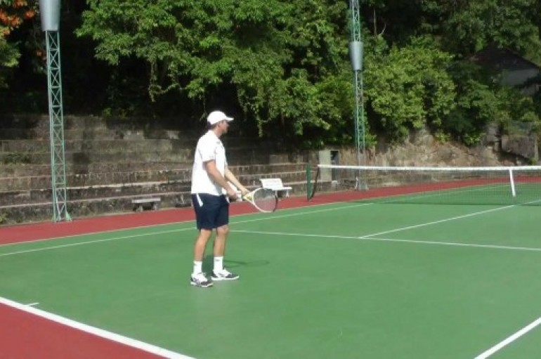 How To Have An Effective Tennis Serve?