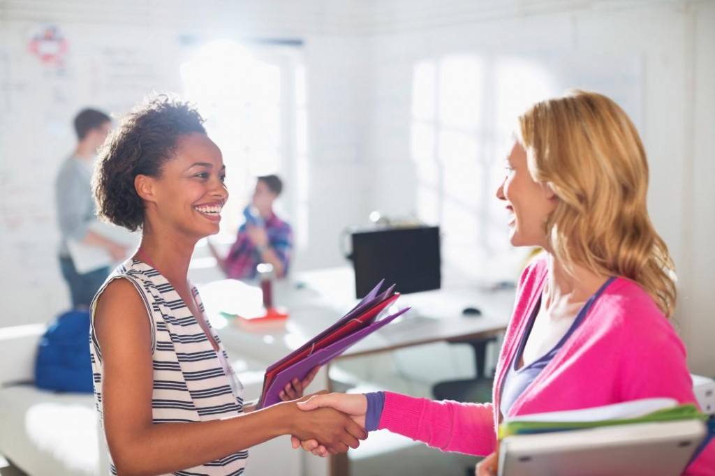 5 Things College Students Need To Know About Networking