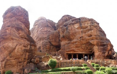 The 5 Most Captivating Caves Of India